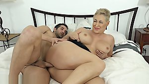 Hot MILF Ryan Keely Was Puffed While Comatose - milfcube