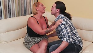 Nasty mature Szilvia Csengeri gets fucked by a younger man