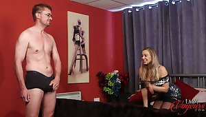 Handsome cougar Beth Bennett loves watching her hubby play with himself