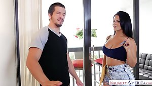 Curvaceous Venezuelan babe Rose Monroe is fucked by seconded guy