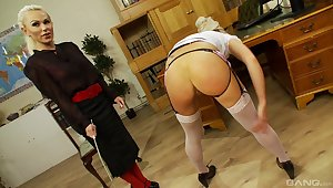 Make inaccessible MILF shares magical femdom moments with a tight blonde